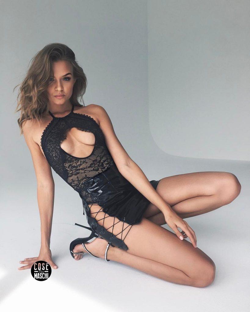 Josephine Skriver modella danese